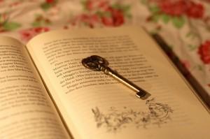 I-Reading-reading-17366980-500-333